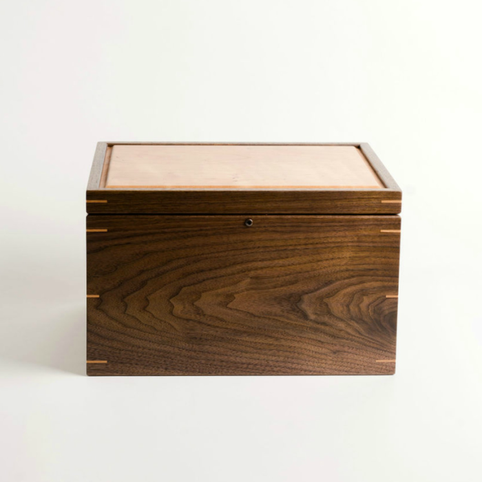 Simple Guide to Applying Wood Finish to Keepsake Boxes